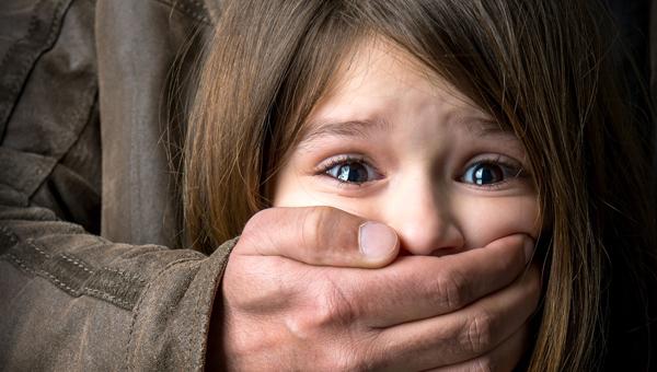 Бывший зять похитил у бабушки детей-двойняшек