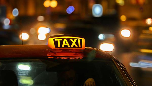 Таксисты нападают с ножом на местных жителей в Серпухове