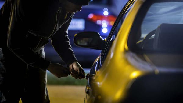 В Серпухове угнали машину