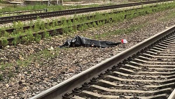 В Подмосковье под колесами электрички погиб подросток