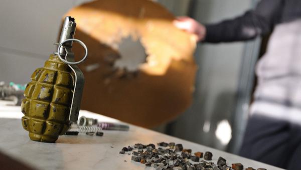 ФСБ провела обыск у мужчины, грозившего взорвать себя на Красной площади