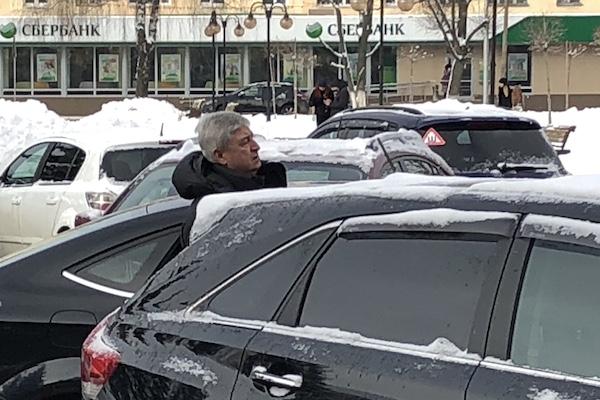 Зачем депутата Олейникова использовали в качестве свадебного генерала?