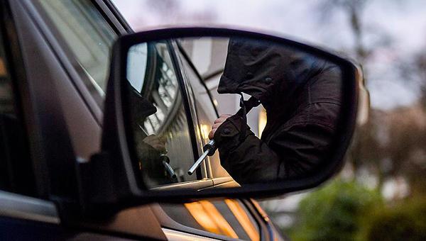 В Серпухове похитили автомобиль