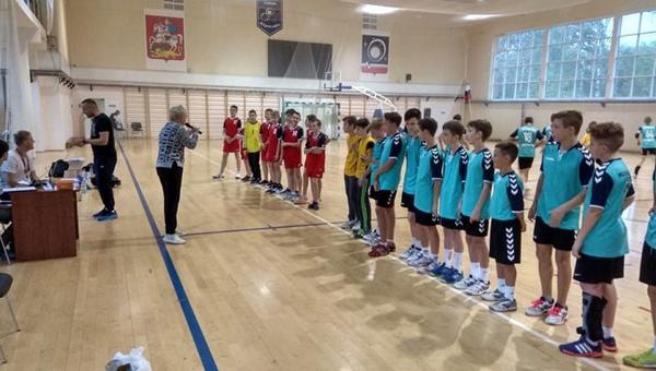 Новый гандбольный сезон принес победу протвинским спортсменам