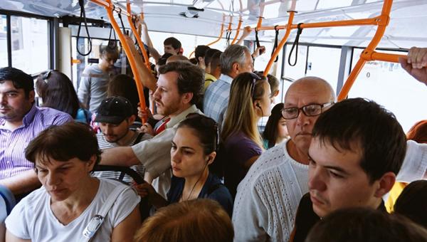 Стоимость общественного транспорта будет разной в течение суток