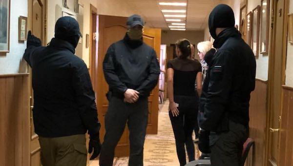 Вадминистрацию Серпуховского района Подмосковья пришли собысками