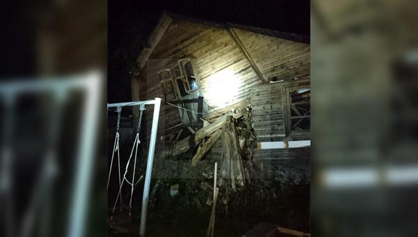 В Подмосковье человек погиб при обрушении бани