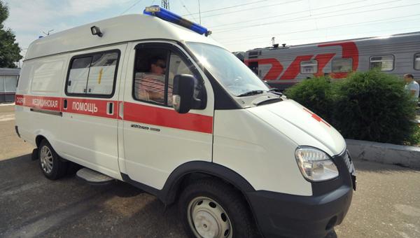 Женщина потеряла обе ноги, попав под поезд в Подмосковье