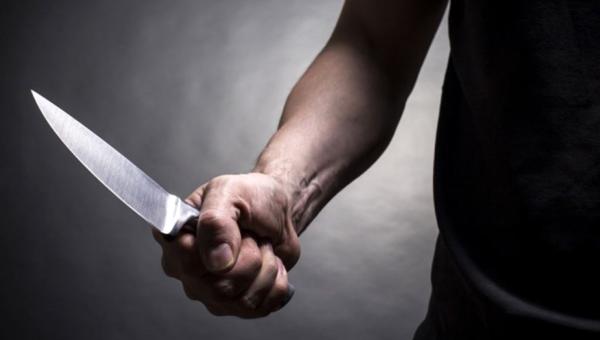 Мужчина напал на свою жену и ребенка с ножом в Серпухове