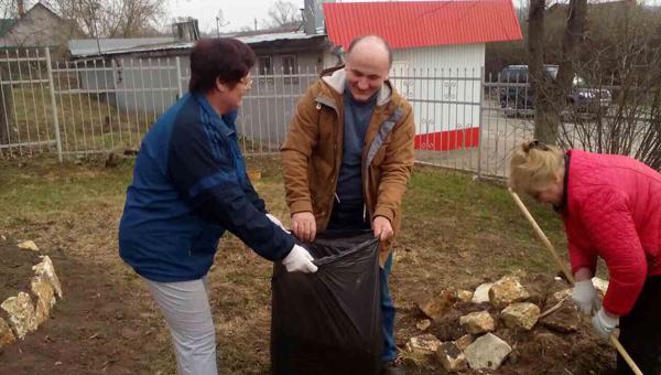 Николай Михайлин: «Кто ответит за мусор на дорогах?»