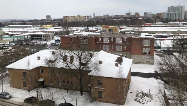 На Дзержинского в Серпухове снова сносят