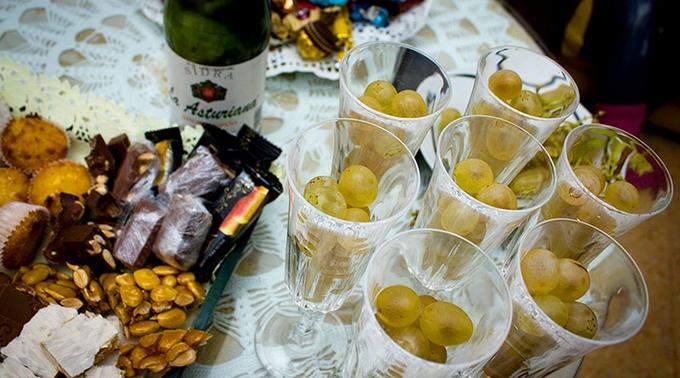 Картинки по запросу 12 виноградин