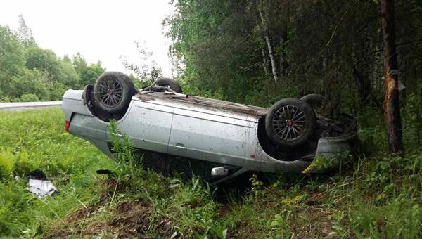 Двое пострадали в ДТП в деревне Скрылья