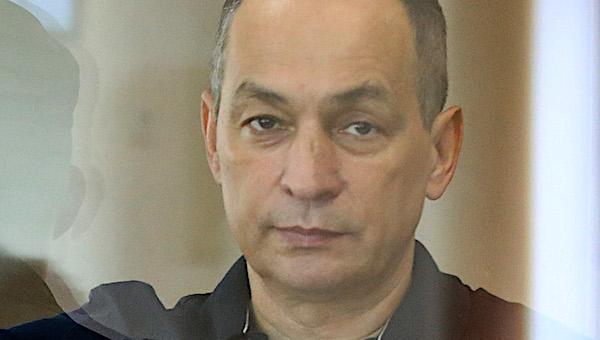 ФСБ вернула военным следователям материалы проверки заявления Шестуна на генерала Ткачева