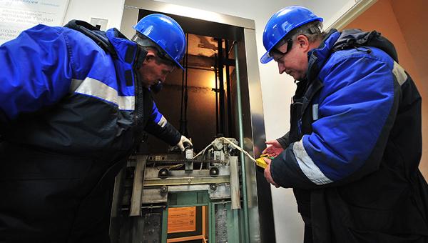 В администрации Серпухова появится лифт. Не социальный