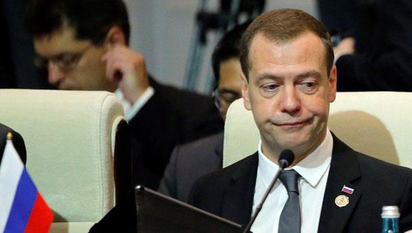 Большинство россиян высказались за отставку правительства