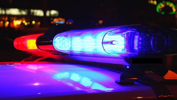 В Подмосковье пятеро парней с ножами напали на посетителей бара