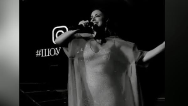 Концерт Ани Лорак в Серпухове породил слух о беременности певицы
