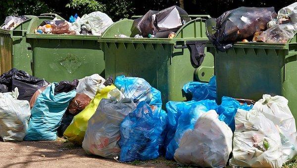 Недовольство работой мусорщиков «МСК-НТ» высказали в Пущино