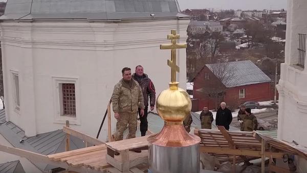 Над Троицким собором в Серпухове появился третий крест
