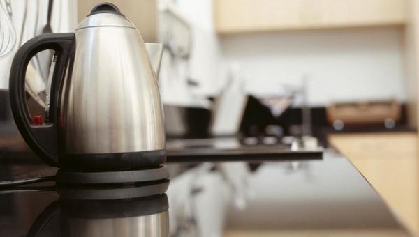 Роскачество нашло неожиданную опасность в электрических чайниках