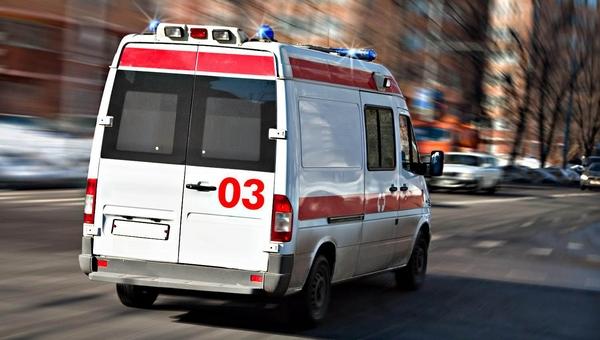 Пожарный выпал из окна восьмого этажа собственной квартиры и выжил