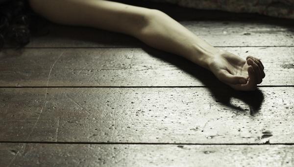В Подмосковье мужчина задушил сожительницу