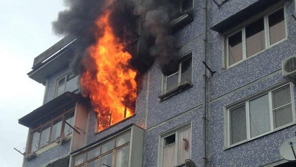 Погибший при спасении из пожара житель Подмосковья сам поджег квартиру. Его жена также скончалась от травм