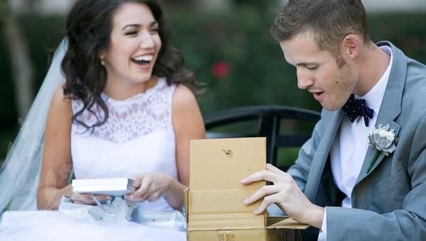 Молодожены в Подмосковье удивили родных необычным заказом на свадьбу