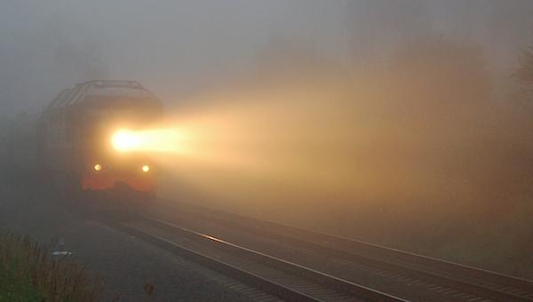 Близ Серпухова мужчину сбил поезд