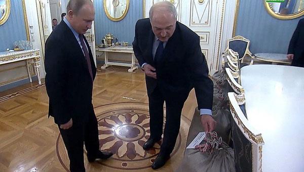 Что ел Путин в Новый год. И каким будет 2019-й…