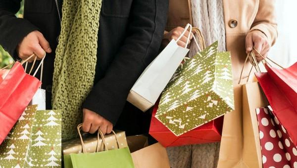 Сколько денег откладывать на новогодние подарки в этом году?