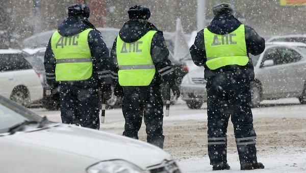 Тотальные проверки на дорогах. ГИБДД штрафует недобросовестных водителей
