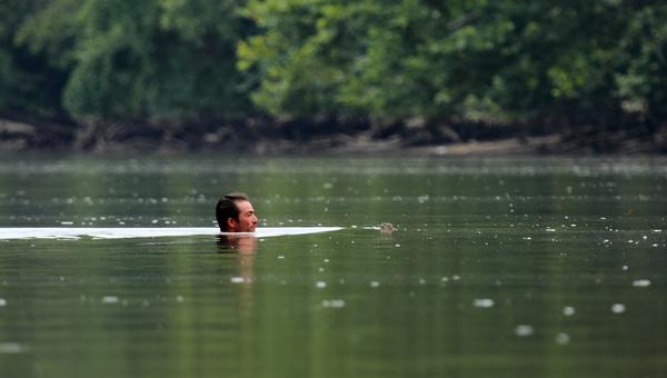 В Минздраве рассказали, кому нельзя купаться
