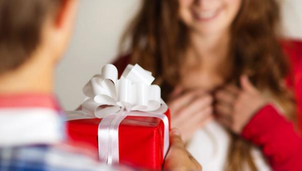 Большинство мужчин поздравят дам с 8 Марта «таком»