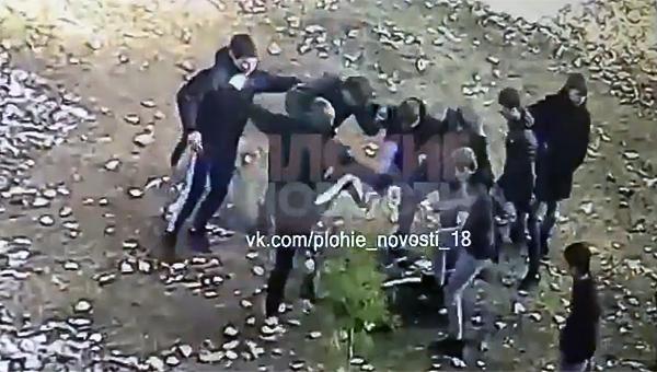 Казнь подростка попала на видео