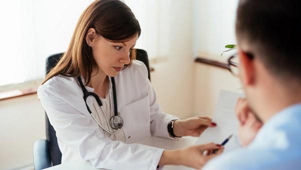 Российских врачей будут премировать за выявление онкологии