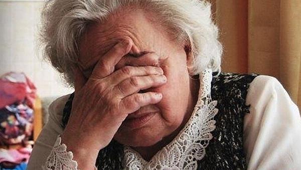 За эти услуги обманутые пенсионеры платят 100 и более тысяч рублей
