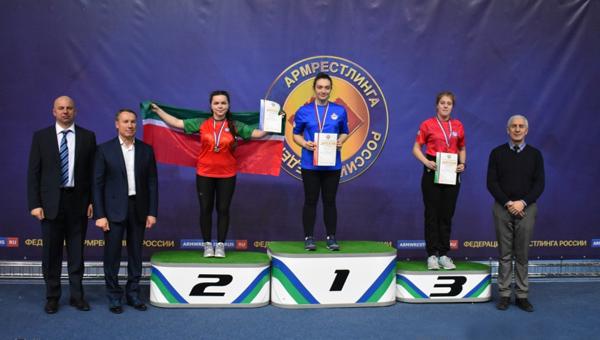 Медаль протвинской спортсменке принесла ее левая рука
