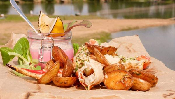 Ресторан «Остров Дракино» открывает летний сезон