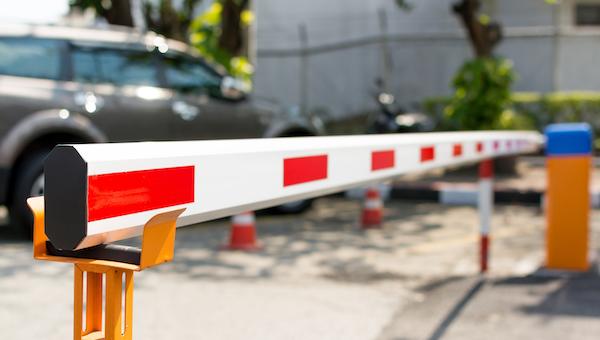 В Серпухове организуют парковку для чиновников