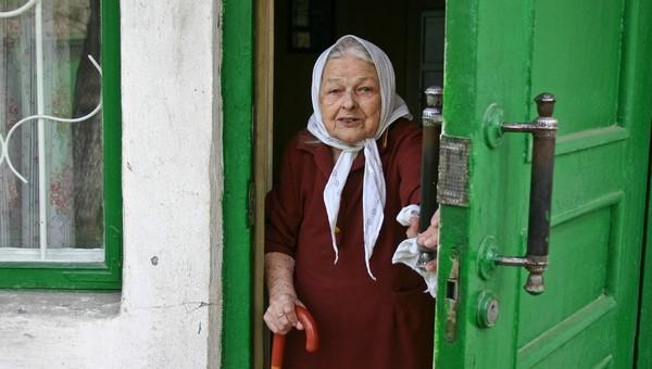 Бабушку из Большевика обманули лже-коммунальщики