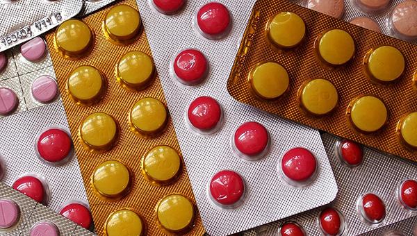За границей эти лекарства запрещены. Но в России их продолжают реализовывать