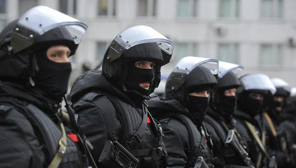 ФСБ задержала целый отдел московской полиции. Правоохранителей подозревают в организации ОПГ