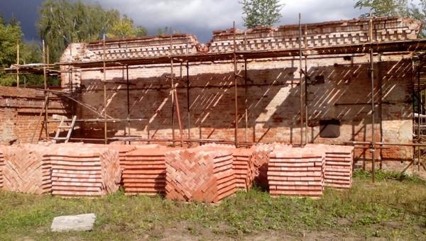 Сарай для карет и жилой домик рядом с музеем отремонтируют в Серпухове