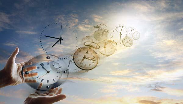 Ученые выяснили, почему время «летит быстрее» с возрастом