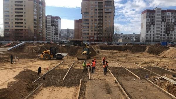 В Серпухове недобросовестная фирма хотела контролировать стройку школы всего за 10 рублей