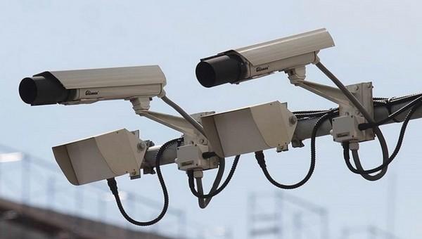 Новые камеры будут отслеживать водил, любящих поговорить по телефону