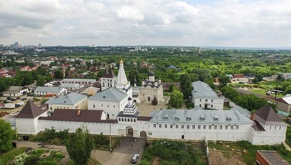 Серпуховский женский монастырь празднует серебряный юбилей