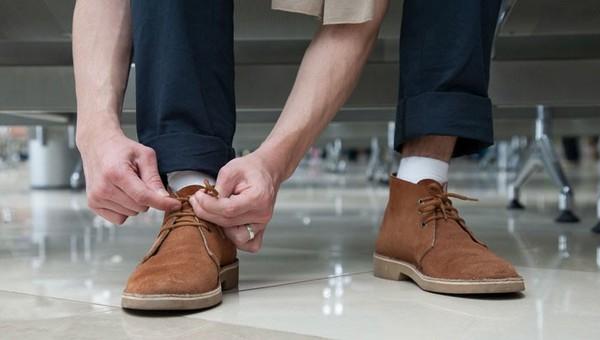 Мужчина чуть не лишился ноги из-за новых ботинок